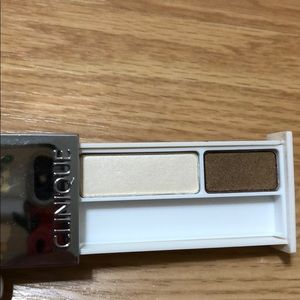 Clinique Makeup - NEW Clinique eye shadow duo